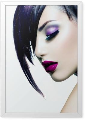 Gerahmtes Poster Fashion Beauty Girl. Herrliche Frau Portrait