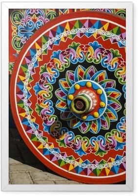 Ingelijste Poster Costa Rica - Typisch ingericht en geschilderd Ox Cart Wheel