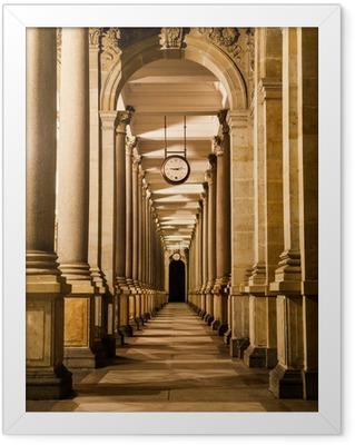 Poster en cadre Mill colonnade de nuit