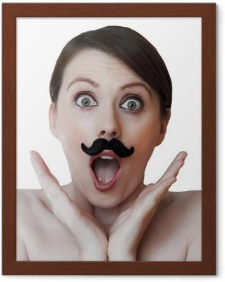 2e9518315428 Forundret ung kvinde isoleret på hvidt  med overskæg Plakat • Pixers® - Vi  lever for forandringer
