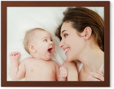 31a0649c Plakat Glad mor med baby • Pixers® - Vi lever for forandring