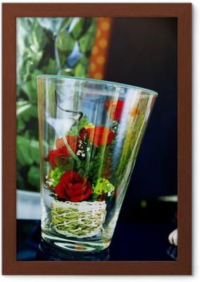 Kleine Bouquet Von Rosen In Glas Als Romantisches Geschenk Zur Hochzeit