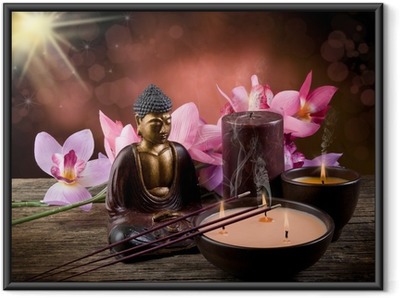 Póster com Moldura buddah witn candle and incense