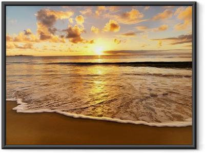 Çerçeveli Poster Sahilde güzel gün batımı