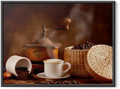 Gerahmtes Poster Gerösteten und gemahlenen Kaffee mit heißem Cappuccino