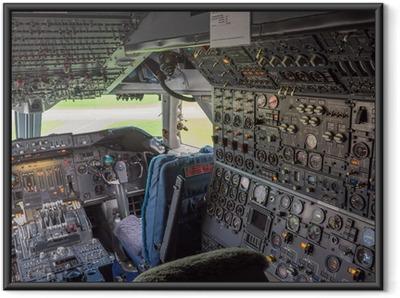 Gerahmtes Poster Cockpit eines Jumbo-Jets