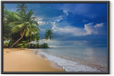 Ingelijste Poster Paradijs natuur, zee water, zomer en hotel huis op het tropische