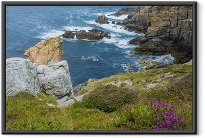 Gerahmtes Poster Schöne Steilküste in der Bretagne Frankreich