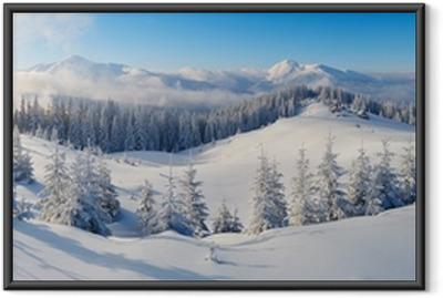 Panoraama talvi vuorille Kehystetty juliste