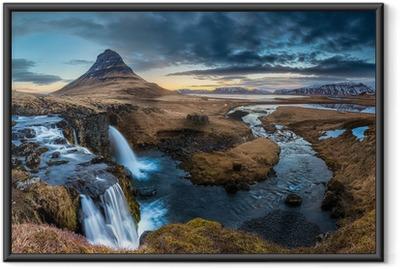 Gerahmtes Poster Island-Landschaft - Sunrise at Mt. Kirkjufell