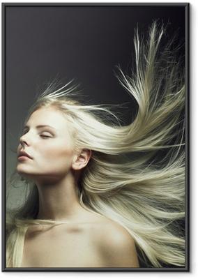 Póster com Moldura Beautiful woman with magnificent hair