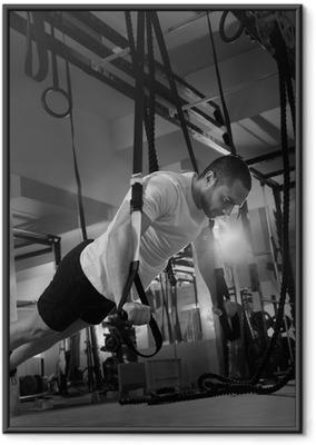 Ingelijste Poster Crossfit fitness TRX push ups man workout