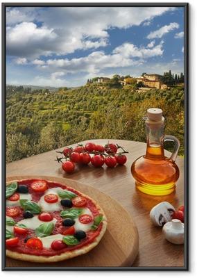 Gerahmtes Poster Italienische Pizza in Chianti, Toskana-Landschaft, Italien