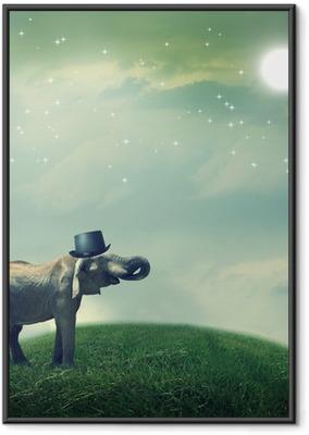 Ingelijste Poster Olifant met hoge hoed op fantasy landschap