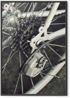 Gerahmtes Poster Hinten Rennrad Kassette auf dem Rad mit Kette