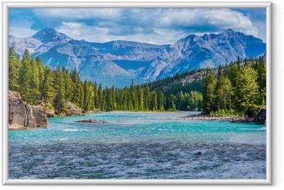 Gerahmtes Poster Wunderschöne Berglandschaft in Kanada