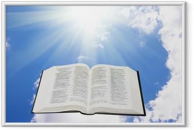 Gerahmtes Poster Heilige Bibel in den Himmel erleuchtet von einer Sonne