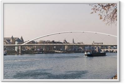 Ingelijste Poster Cityscape van Maastricht (Nederland) met Maas in fro