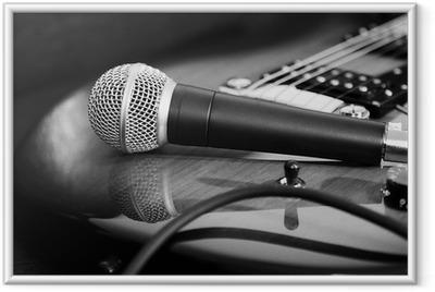 Gerahmtes Poster Gitarre und Mikrofon