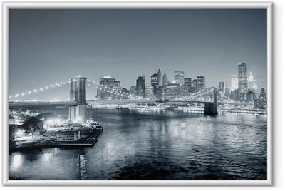 Gerahmtes Poster New York City Manhattan Innenstadt schwarz und weiß
