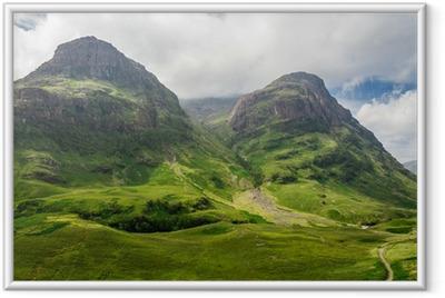 Póster Enmarcado Vistas a la montaña en Escocia en el Glencoe