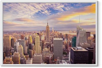 Póster Enmarcado Vista del atardecer de la ciudad de Nueva York con vistas a Manhattan