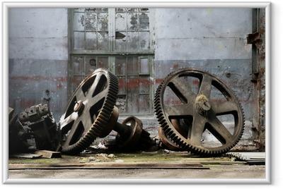 Póster Enmarcado Aparatos de metal oxidadas de edad en una fábrica de buque abandonado