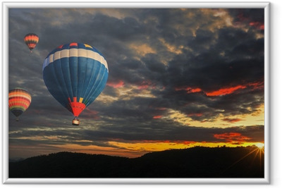 Gerahmtes Poster Colorful Hot Air Balloon