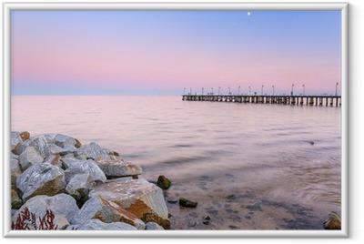 Póster com Moldura Cais Báltico em Gdynia Orlowo ao pôr do sol, a Polónia
