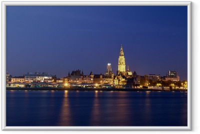 Poster en cadre Vue de nuit sur la ville d'Anvers