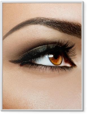Ingelijste Poster Brown Eye Make-up. Ogen Make-up