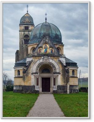 Gerahmtes Poster Alte orthodoxe Kirche in der Nähe von Pribic Zagreb, Kroatien