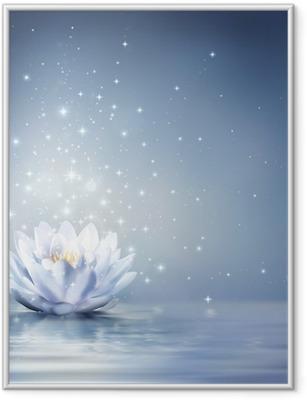 Ingelijste Poster Waterlelie lichtblauw op water - sprookjesachtige achtergrond