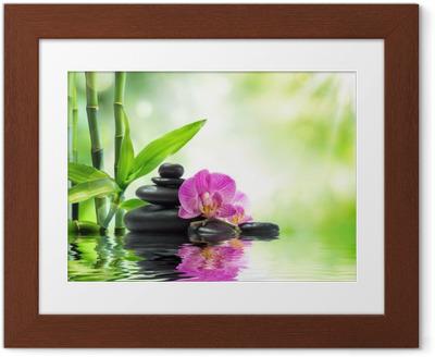 Poster en cadre Contexte spa - orchidées pierres noires et de bambou sur l'eau