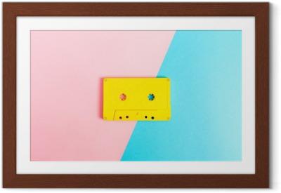 Plakát v rámu Retro kazetové pásky na světlém pozadí