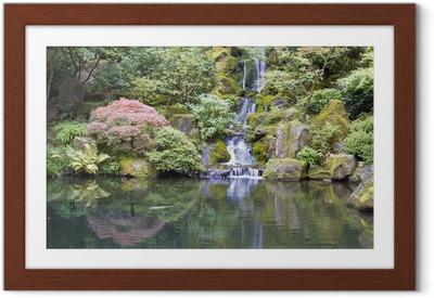 Gerahmtes Poster Japanischer Garten Koi Teich mit Wasserfall