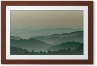 Plakat w ramie Zielone góry we mgle