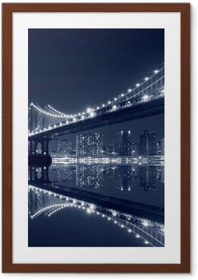 Çerçeveli Poster Manhattan köprü ve geceleri manhattan skyline