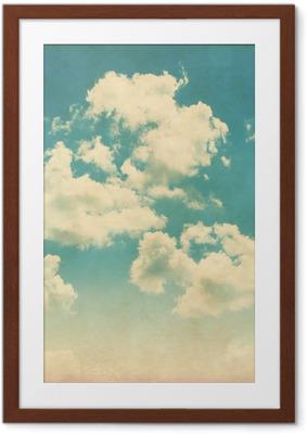 Poster en cadre Ciel bleu avec des nuages dans le style grunge. - Thèmes