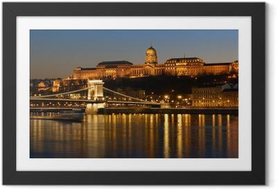 Gerahmtes Poster Budapest bei Nacht.