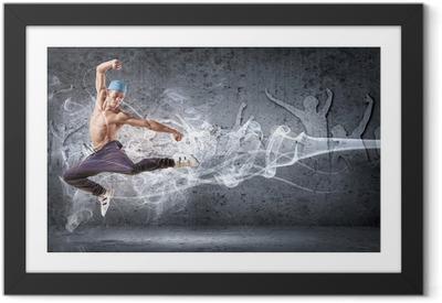 Plakat w ramie Młody mężczyzna tańczy hip hop z linii kolorystycznych