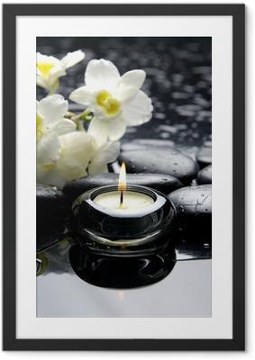 Aromaterapi stearinlys og zen sten med gren hvid orkidé Indrammet plakat