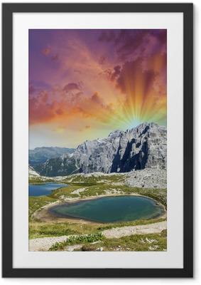 Poster en cadre Beaux lacs et les sommets des Dolomites. Coucher de soleil sur les Alpes - Autres sentiments