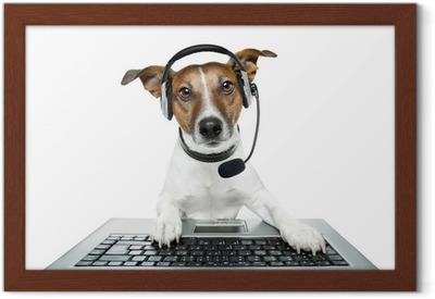 Canvastavla Hund med headset med en bärbar dator • Pixers® - Vi lever för  förändring e84d1924b1e5c