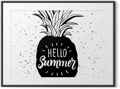 Innrammet bilde Hånd tegnet illustrasjon av isolert ananas silhuett. typografi plakat med lettering hei sommer
