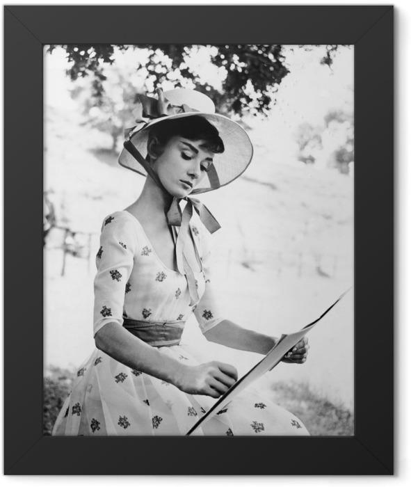 Audrey Hepburn Framed Poster - Criteo