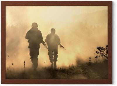 Poster Etats Unis Marines En Action Materiel Militaire Casque Militaire Peinture De Guerre Visage Sale Gants Tactiques Action Militaire Champ De Bataille Du Desert Grenades Fumigenes Pixers Nous Vivons Pour Changer