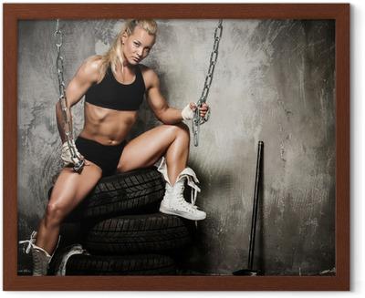 de5d8859d640 Fotomural Sexy mujer deportiva rubia en tapa y bragas azules • Pixers® - Vivimos  para cambiar