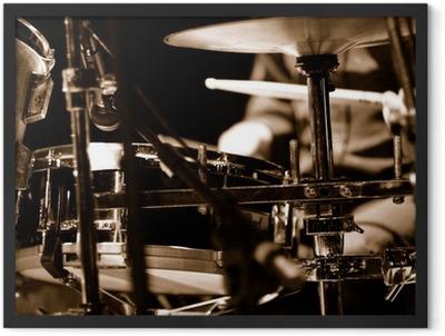 batteur sur scène Framed Poster