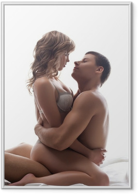 Póster com Moldura Couple playful lovers sit in bed - sexual games